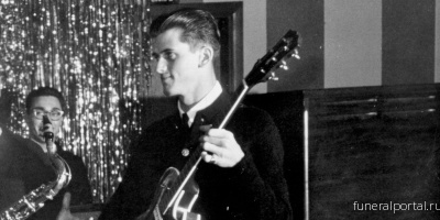 Mike Mitchell, Guitarist on the Kingsmen's 'Louie Louie,' Dead at 77 - Похоронный портал