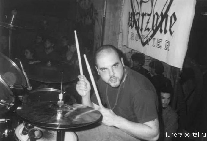 Умер барабанщик групп Warzone и Kill Your Idols Винни Вэлью - Похоронный портал