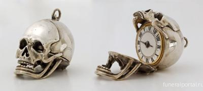 These 17th-Century Skull Watches Open Up to Reveal Time as It Passes Us By