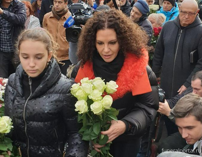 Вдова Хворостовского сообщила о последней просьбе супруга - Похоронный портал