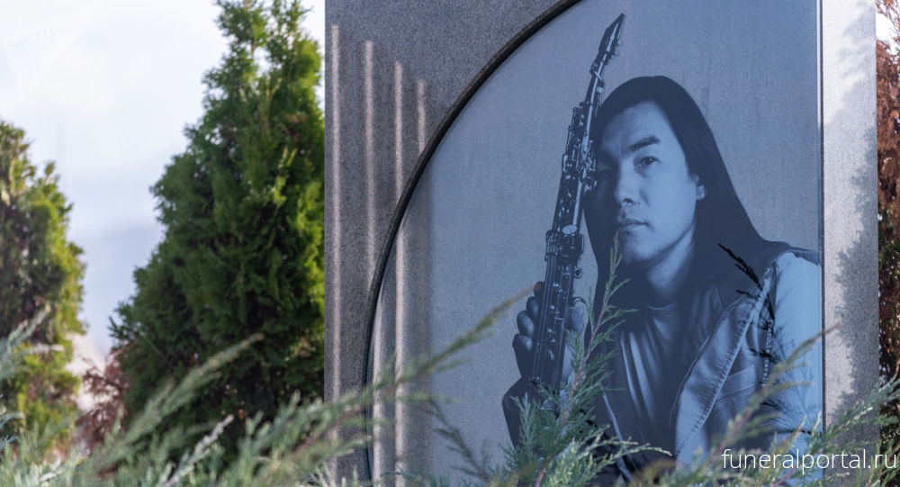 Казахстан. Звездный некрополь: какие тайны хранит кладбище Кенсай в Алматы