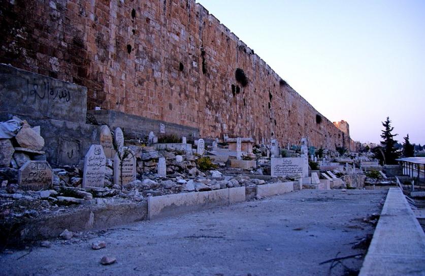 12 мусульманское кладбище